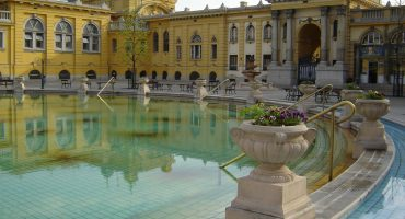 What not to miss in Budapest: thermal baths