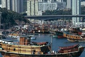Cheap flights to Hong Kong offered by Cathay Pacific