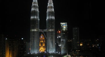 Summer Sales: Fly London – Kuala Lumpur for £496 with AirAsia