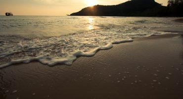 Cambodia island-hopping