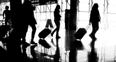 Baggage Blues: how to skip luggage fees