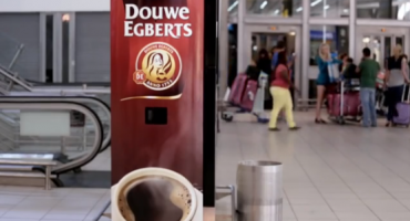 Free coffee for yawning passengers in Jo'Burg