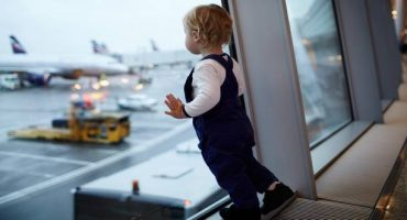 Would you let your kids fly alone?