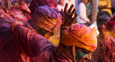 Happy Spring! Celebrating Holi in London
