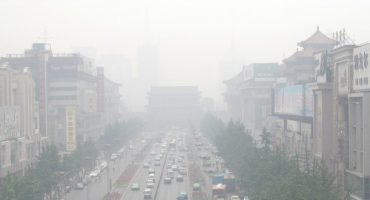 China's air pollution chokes tourism