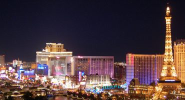 World's tallest ferris wheel opens in Vegas