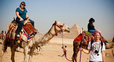Bomb blasts push FCO to change Egypt travel advice