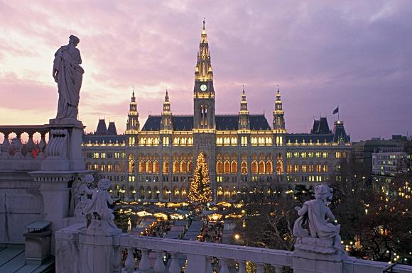 Vienna christmas market snow