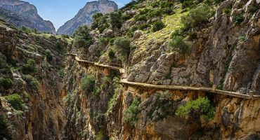 'World's scariest walk' reopens today in Spain