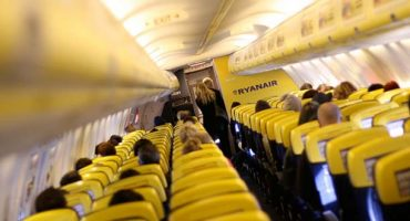 Ryanair to drop the colour yellow