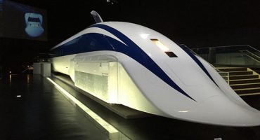 Japanese train breaks speed records at 603 kph