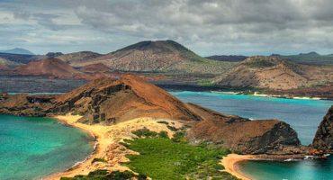 Galapagos volcano erupts