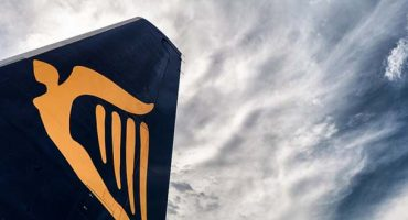 Ryanair fees: cheaper to change your name
