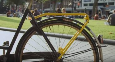 Yellow Backie bike offers a new way to see Amsterdam