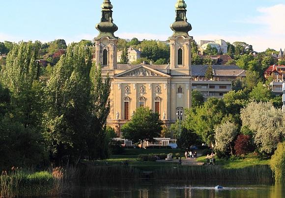 Lake Feneketlen in Budapest