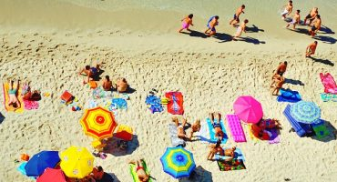 Italy cracks down on holidaymakers who reserve spots on the beach