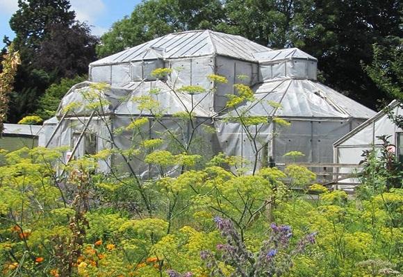 Luton Hoo walled garden