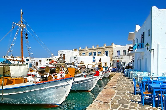 Paros fishing village