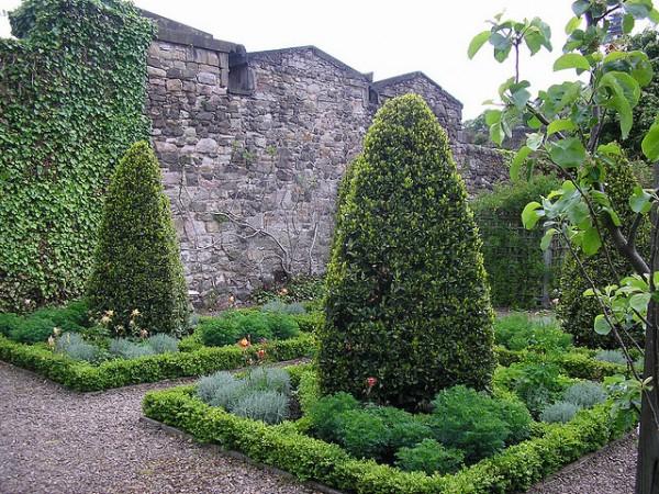 mile-gardens
