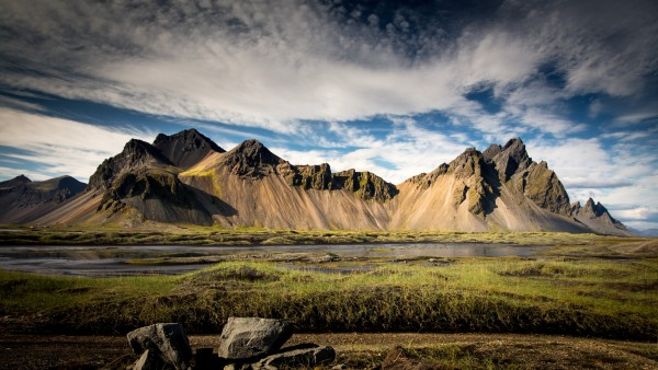 iceland-mountains