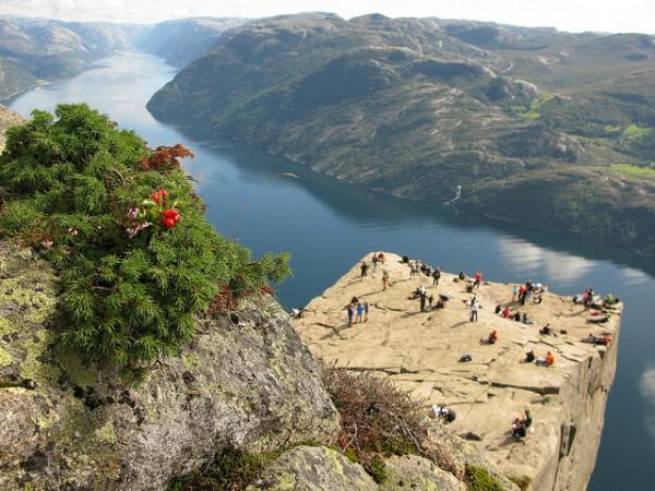 norway-lysefjord